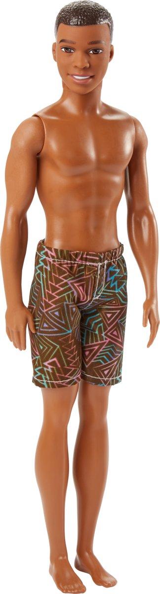 Barbie  Strandpop Ken Met Korte Broek - Barbiepop