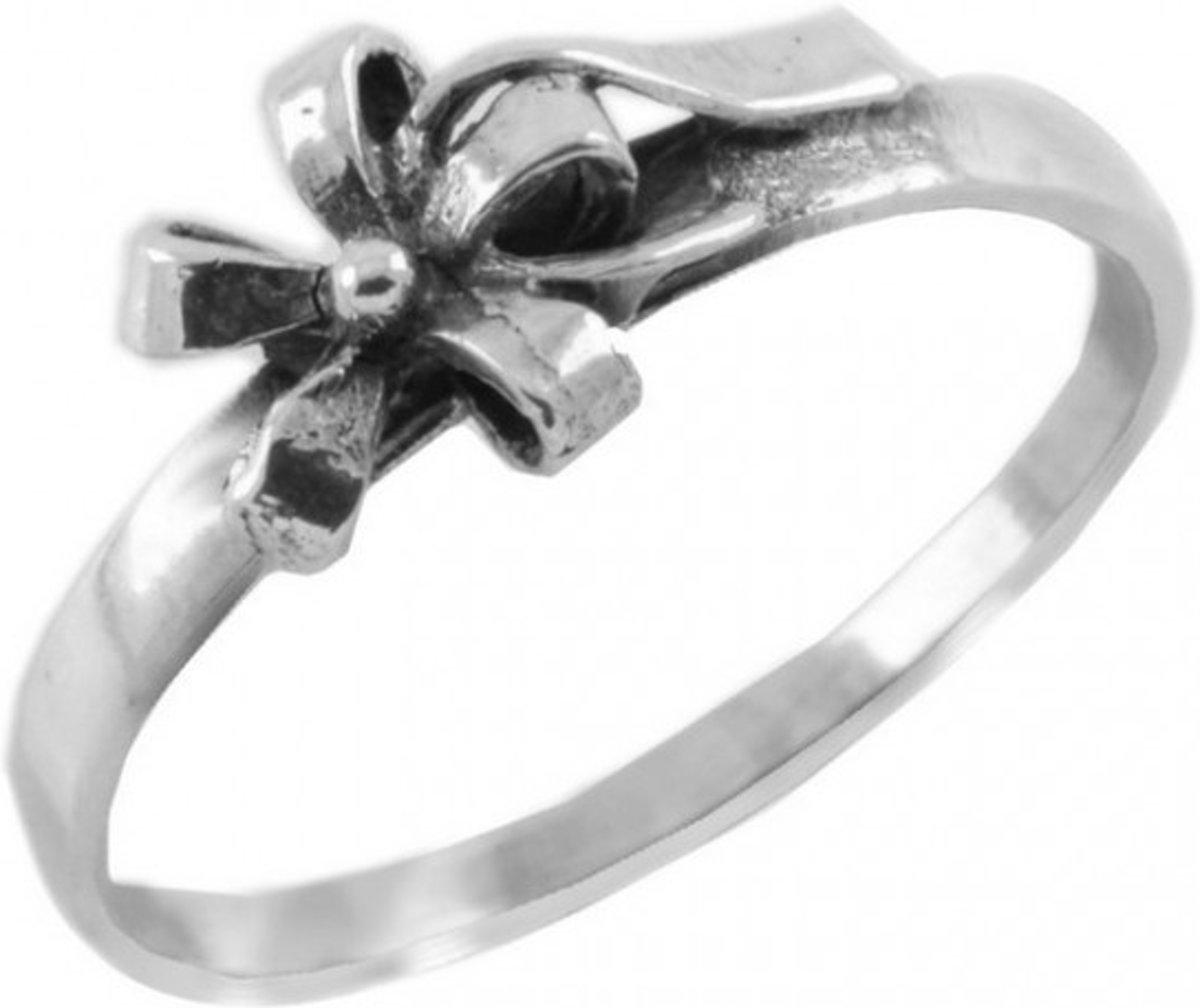 Zilveren ring met Strikje kopen