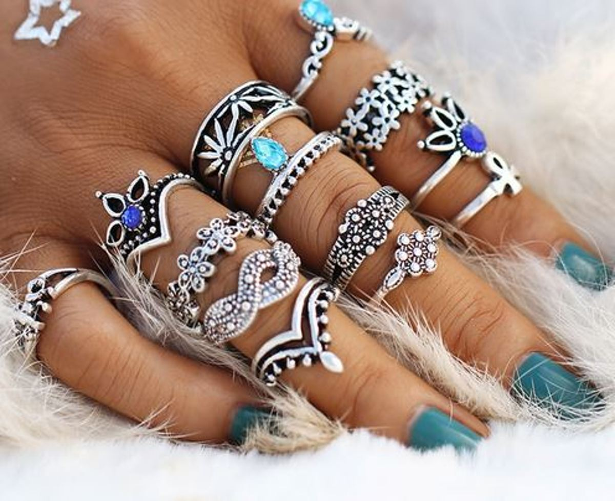 13 stuks ringen zilverkleurig / blauw kopen