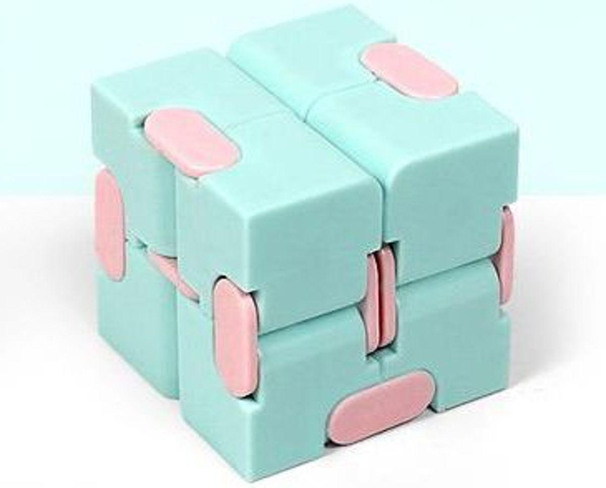 Fidget Kubus Infinity Cube Magic Finger Spinner   Friemelkubus   Blauw