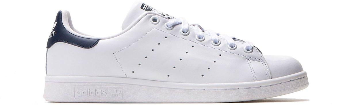 Chaussures De Sport Chaussures - - Adidas Stan Smith M20325 Unisexe - Blanc / Bleu Marine - Taille 36,5