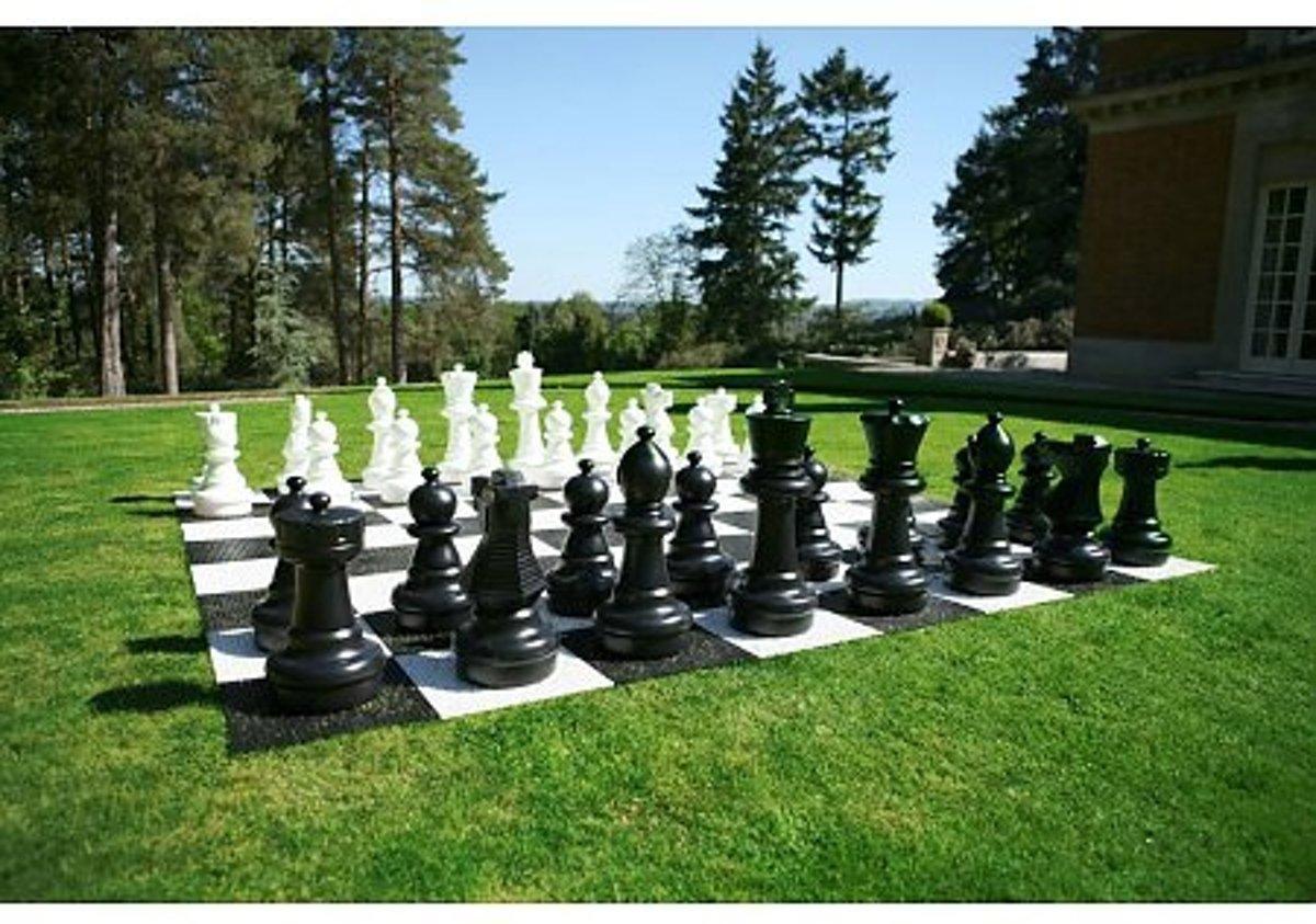 Tuin Schaken Groot - Kunststof - tot 64 cm hoog, schaken voor buiten, XXL giga groot schaakspel
