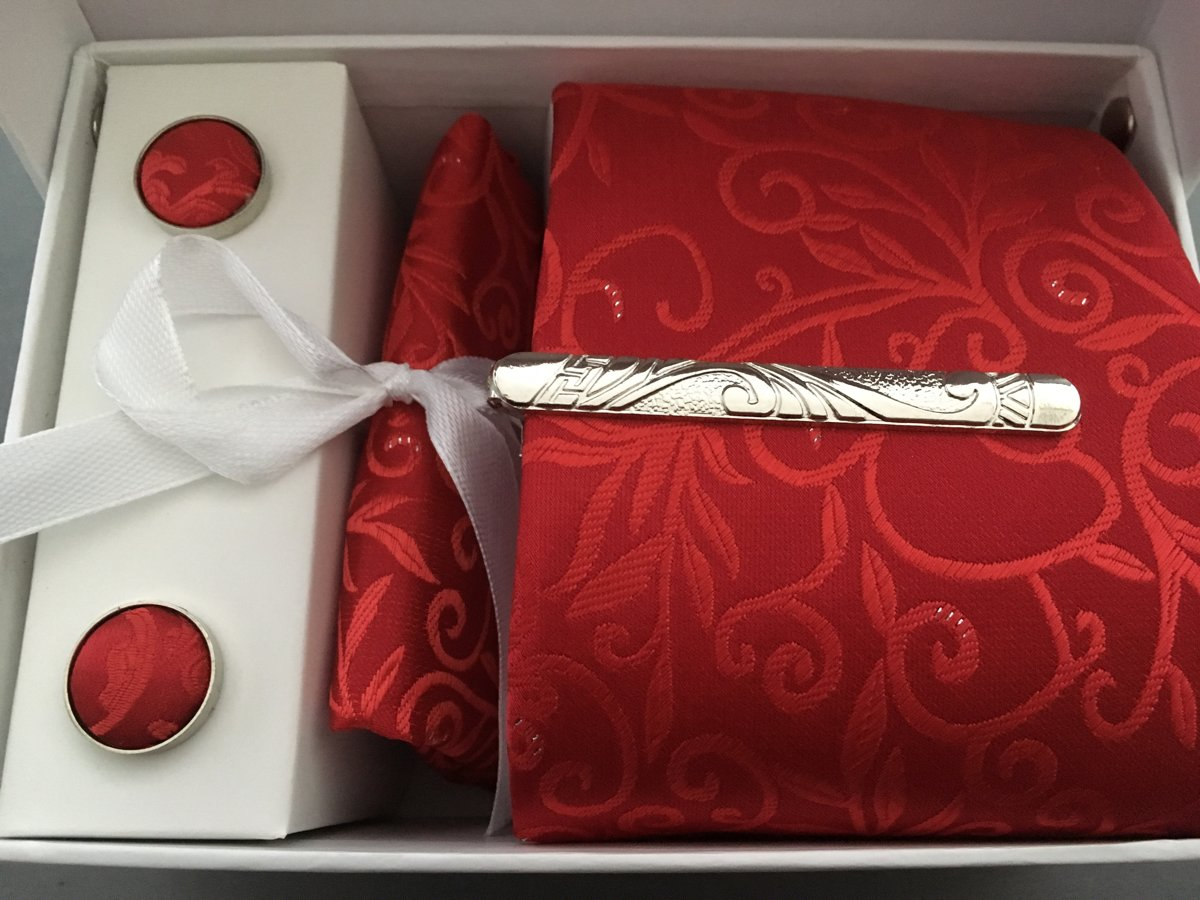 Manchetknopen met stropdas rood krul kopen