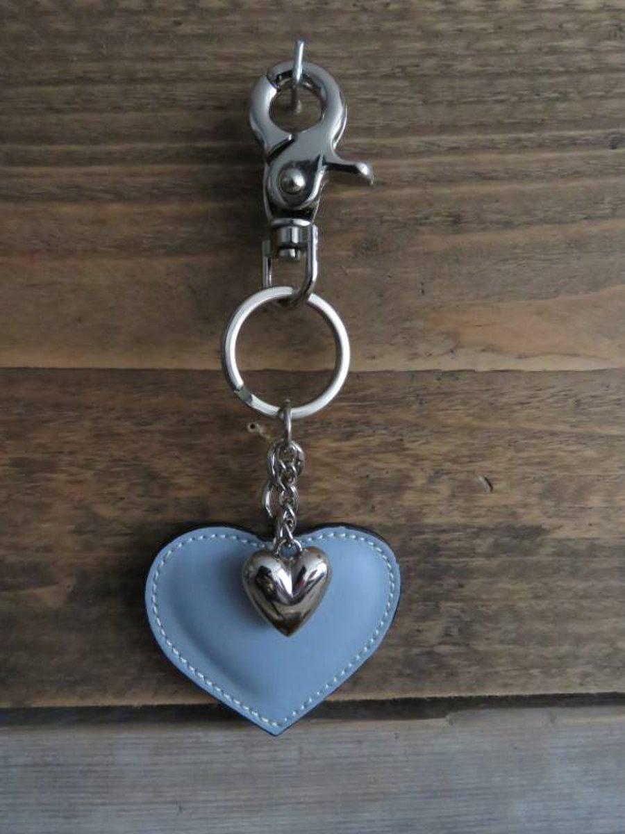 Leuke sleutelhanger van leer (hart) kopen