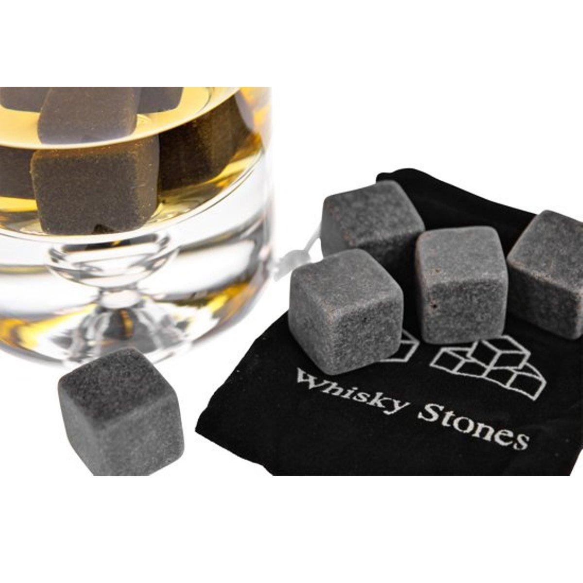 Whiskey stones - Whisky Stenen - IJsblokken Van Natuursteen - 6 Stuks - Cadeau Tip Man/ Vriend - Vaderdag Cadeau + GRATIS Geschenk Zakje kopen