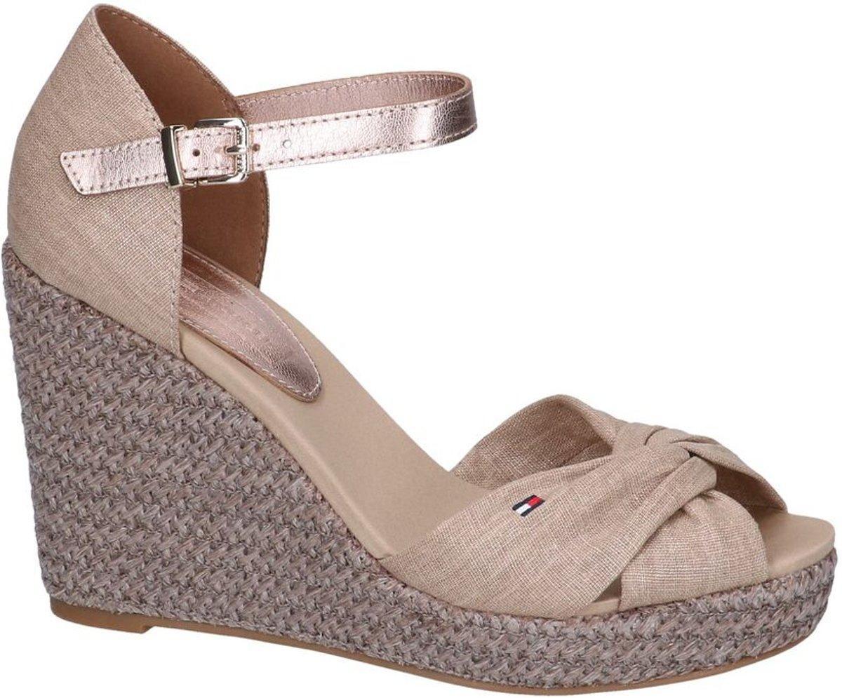 ECCO TOUCH Sandals for Summer! Interior Designerella