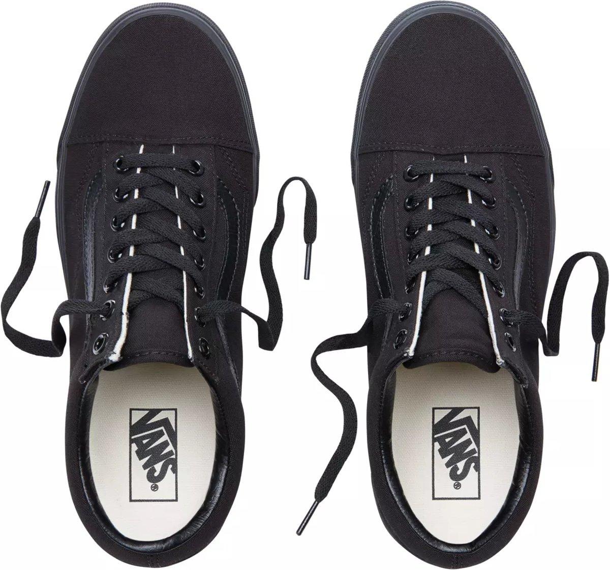 ddaff94bb2a bol.com | Vans Old Skool Sneakers - Unisex - Zwart - Maat 38