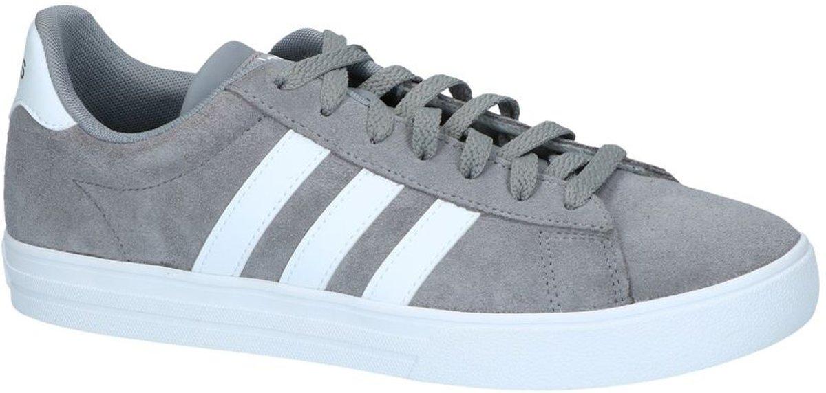 1a0cf104b6e bol.com | Grijze Sneakers adidas Daily 2.0