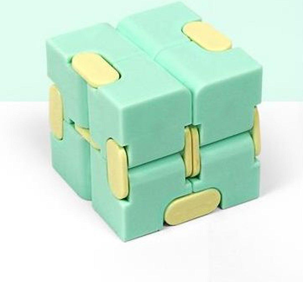 Fidget Kubus Infinity Cube Magic Finger Spinner   Friemelkubus   Groen