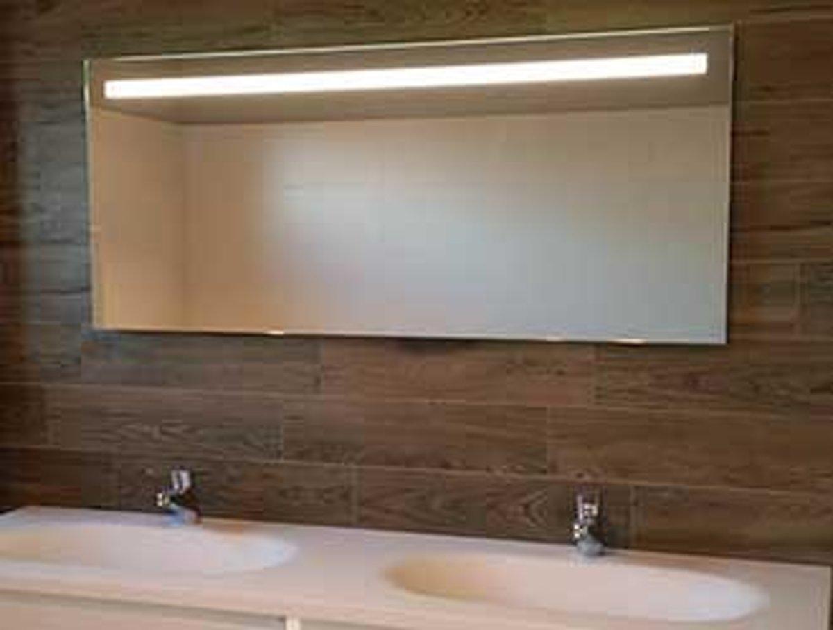 Verwarmde Badkamer Spiegel : Bol led badkamer spiegel met verwarming en sensor cm