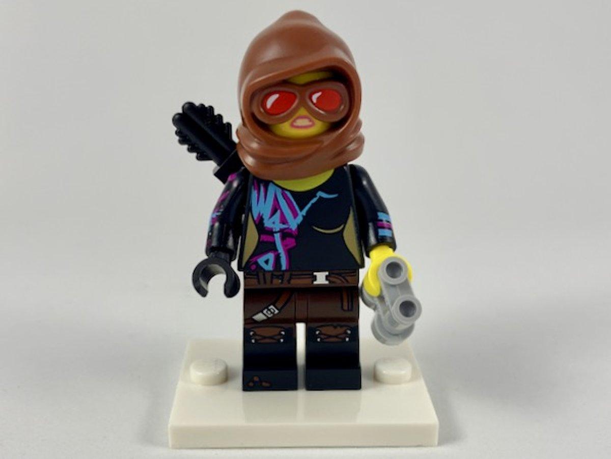 LEGO Minifiguur The LEGO Movie 2 Battle-Ready Lucy coltlm2-2