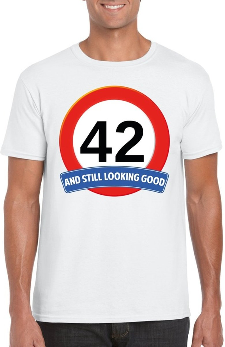 42 jaar and still looking good t-shirt wit - heren - verjaardag shirts XL