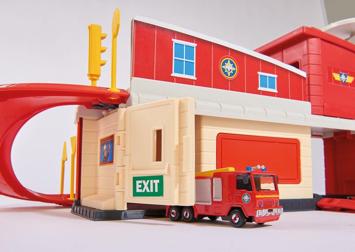 Brandweerman Sam Garage : Bol brandweerman sam brandweerkazerne voor die cast simba