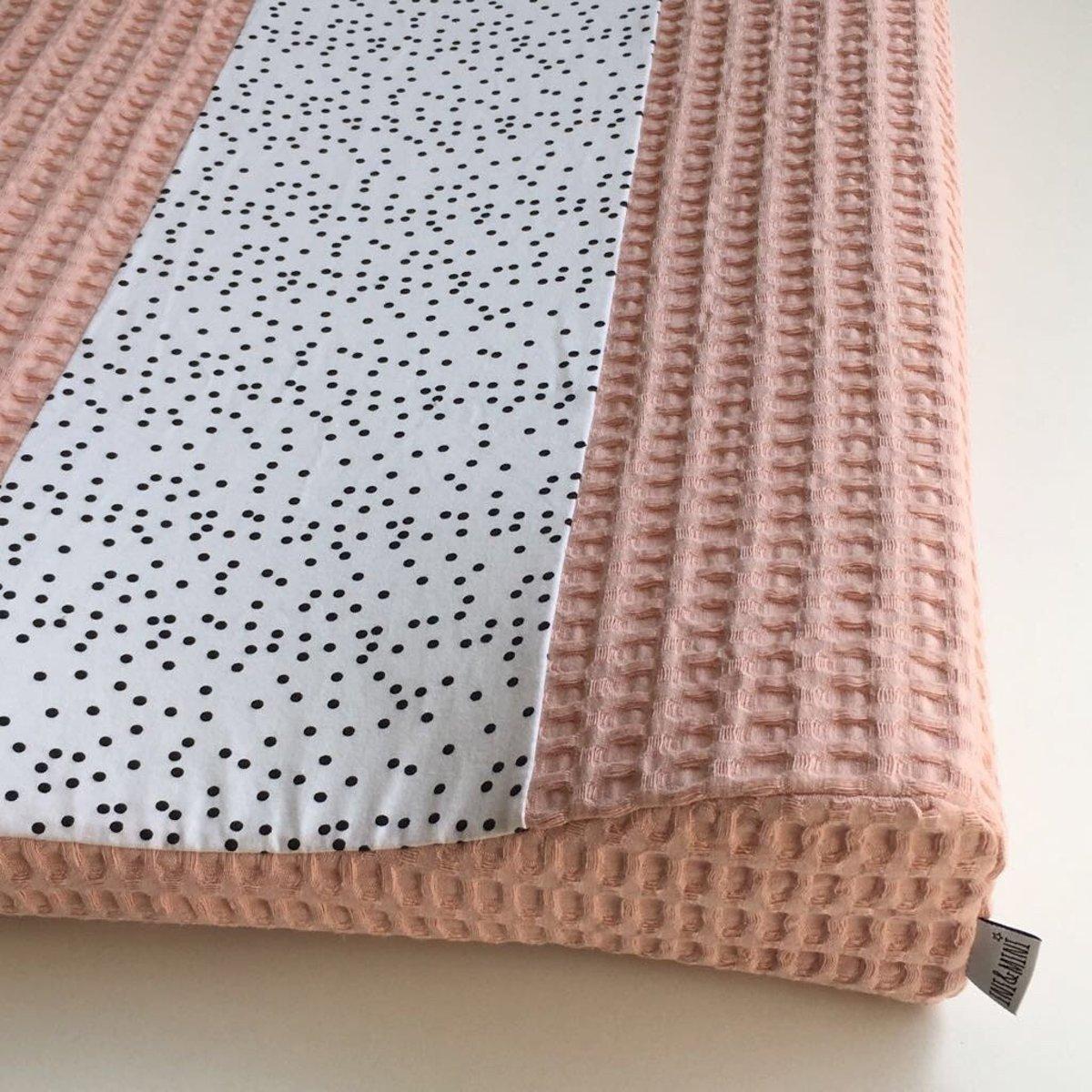 Ini & Mini  Aankleedkussenhoes Dotty / Licht Roze - Bebe jou (44x72x9)