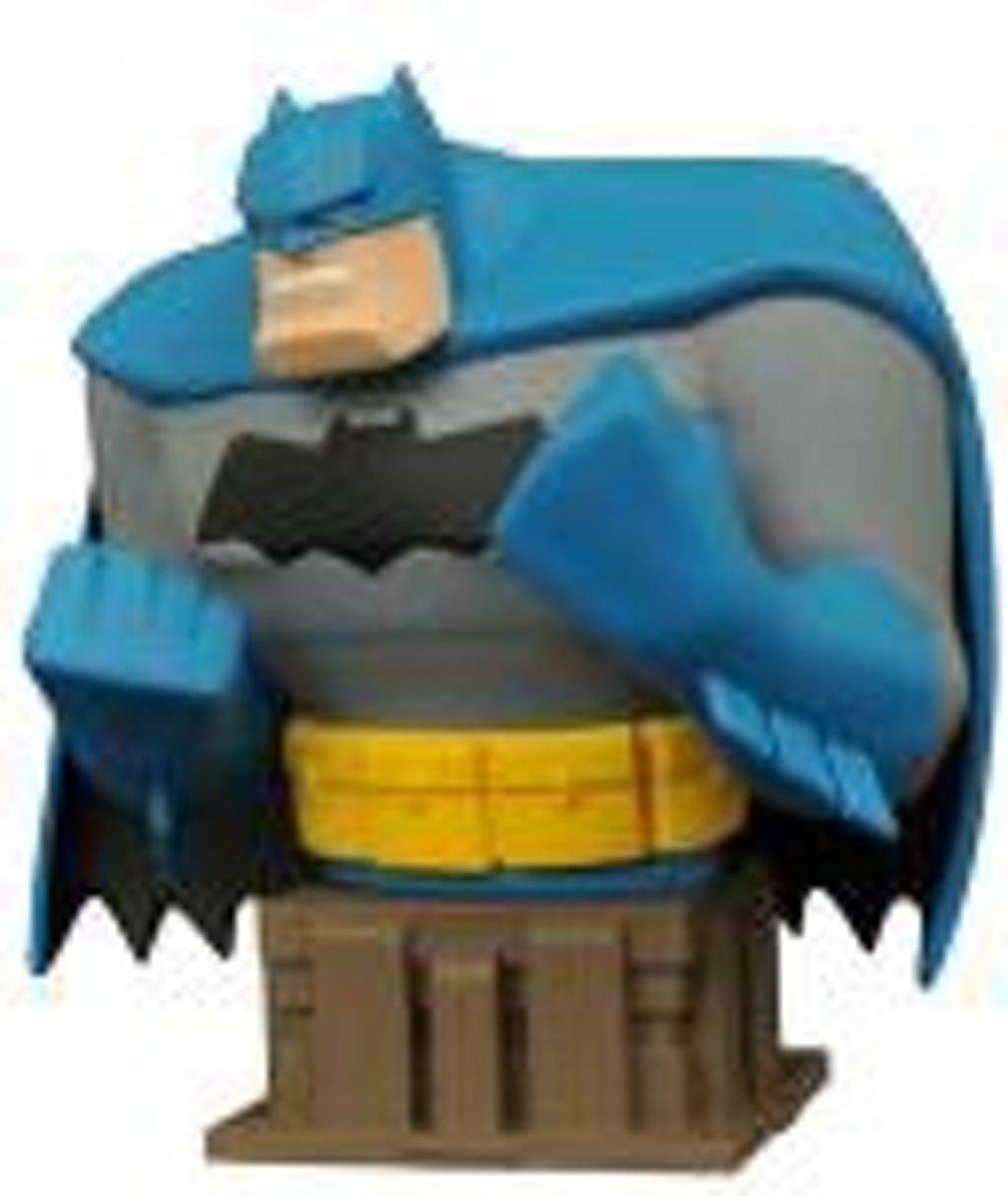 BATMAN The Animated Series - Buste Dark Knight Batman - 15 Cm kopen