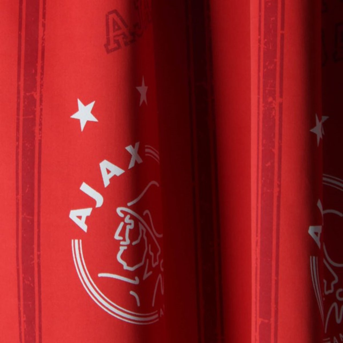 bolcom ajax gordijn rood met logo 150x260 cm