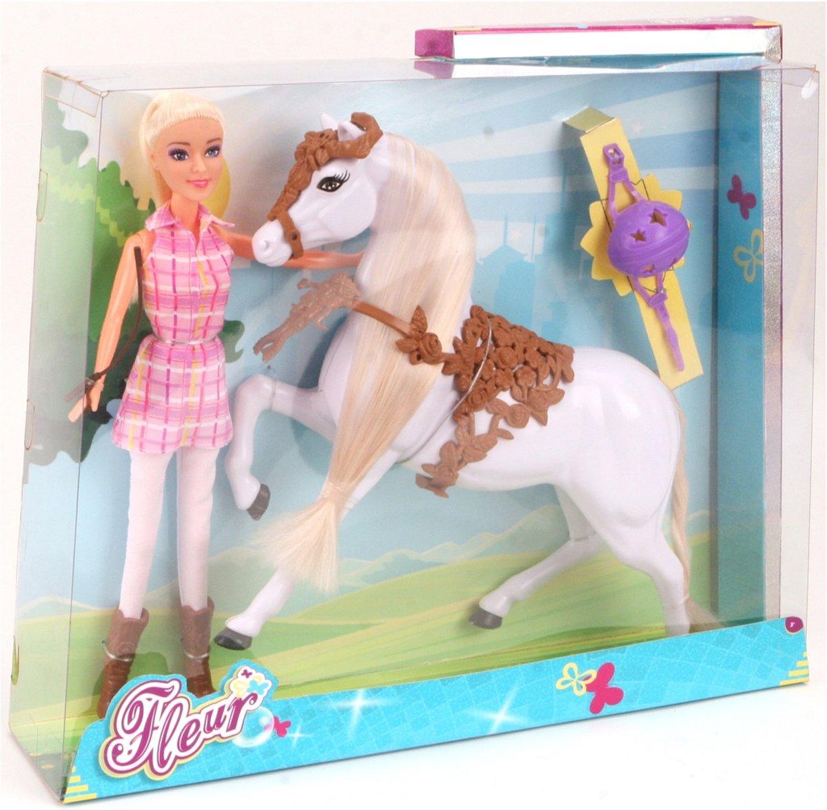 Fleur Pop en Paard