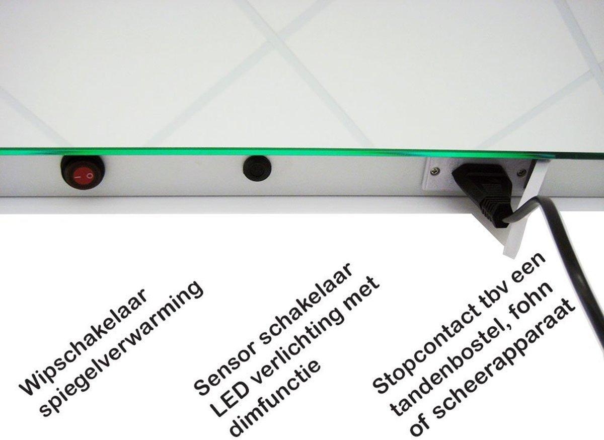 bol.com | LED badkamer spiegel met stopcontact verwarming en ...