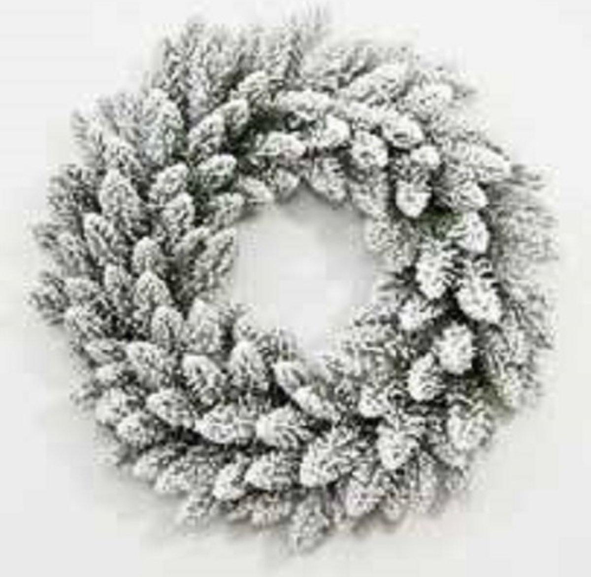 Dakota Flock Kerst Krans met 100 geintegreerde warme LED Lampjes - Kerst Krans Dakota Flock 150 cm - 660 Takken kopen