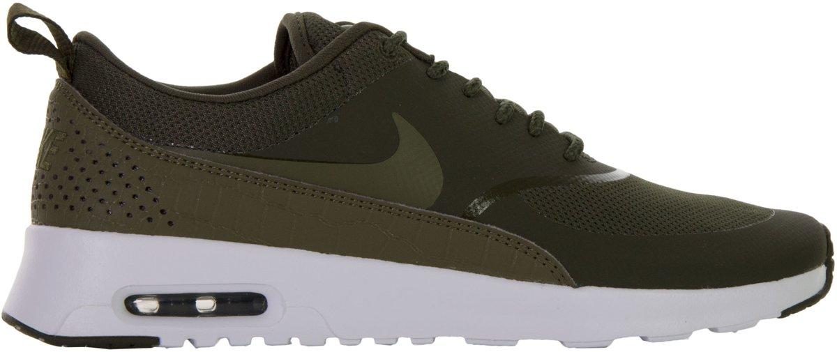 Nike Air Max Thea Sneakers - Maat 40.5 - Vrouwen - groen