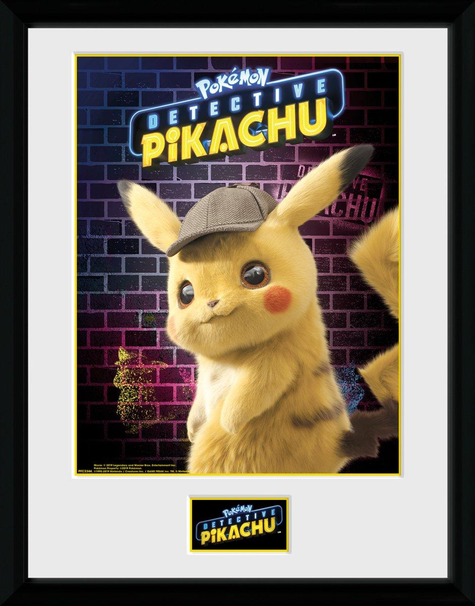 Framed Collector Print met kader 30 x 40 cm Detective Pikachu Pokemon kopen