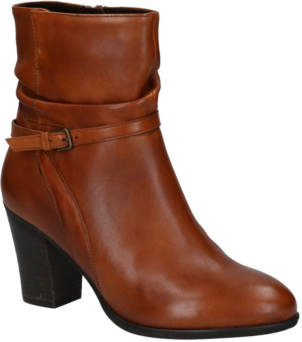 Leather ankle boots Janet & Janet Ecru size 38 EU in Leather