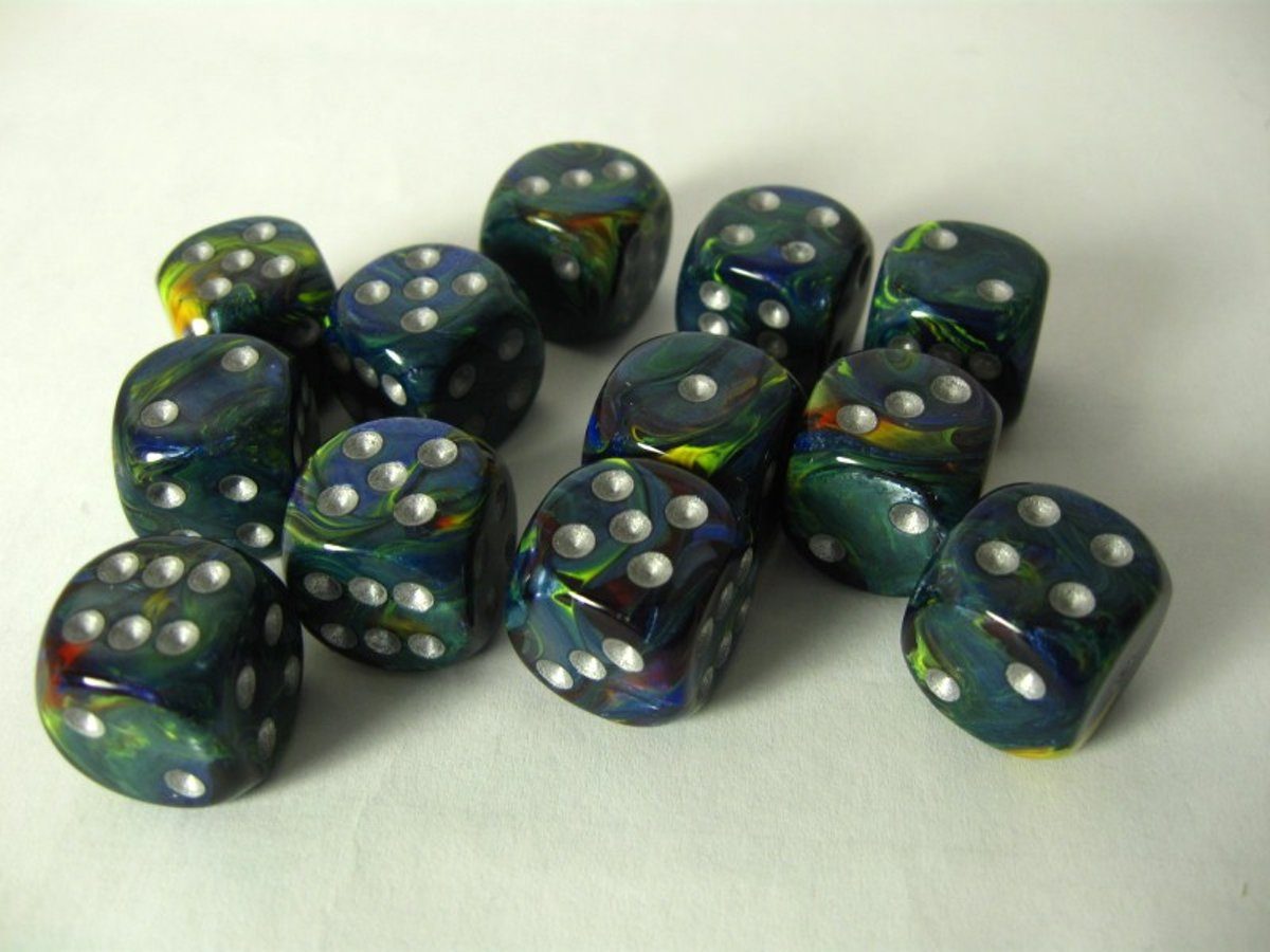 Chessex dobbelstenen set, 12 6-zijdig 16 mm, Festive green w/silver