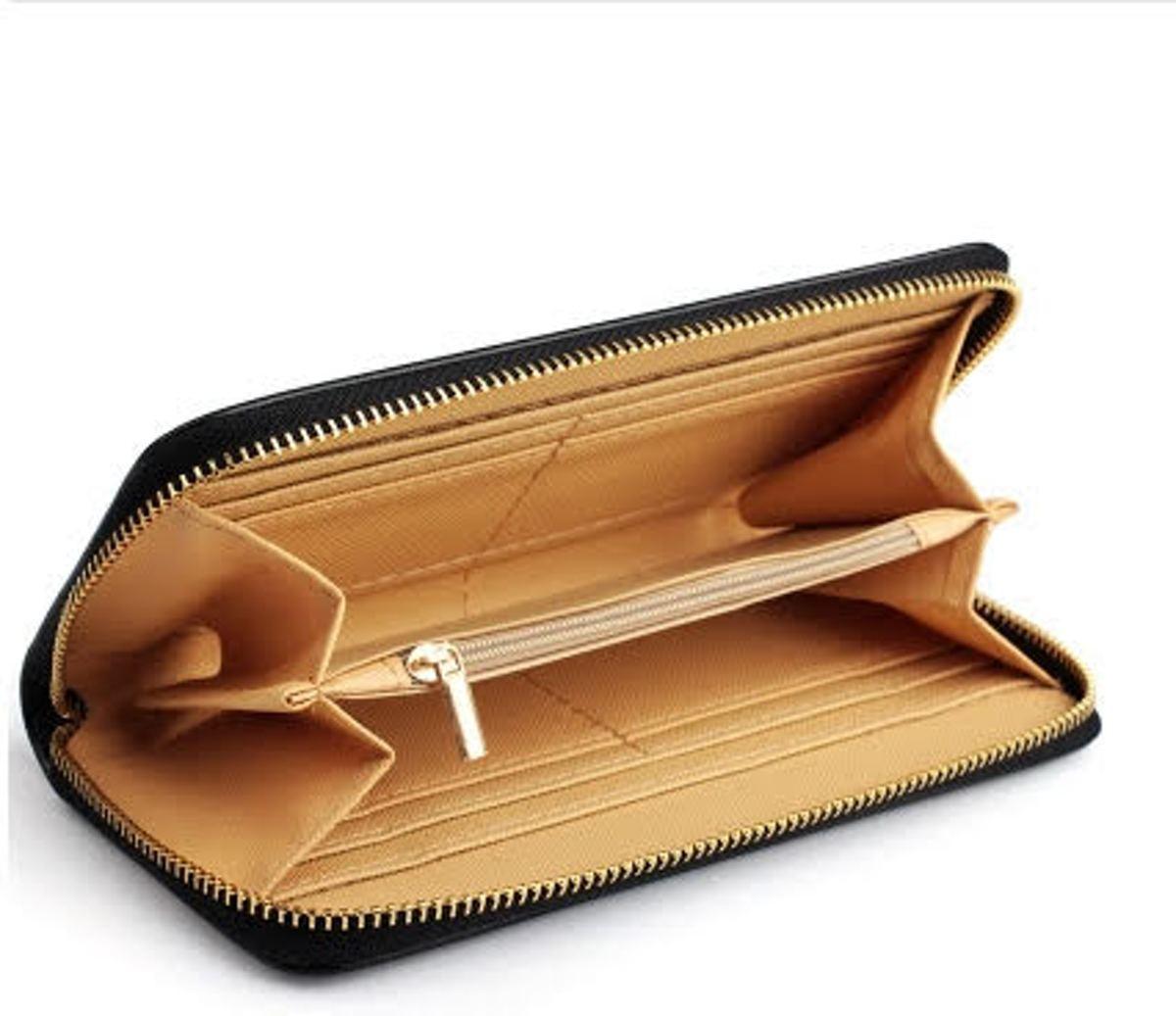 d11be45688f bol.com   Portemonnee - Groot Model - Zwart met Gouden Rits