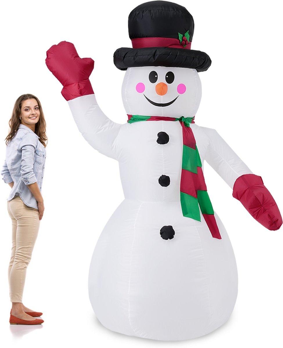 Opblaasbare gigantische LED-Sneeuwpop - 240 cm kopen