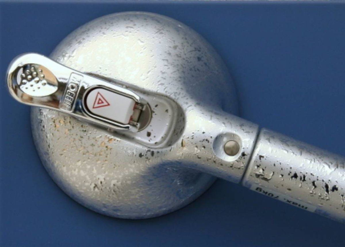 Mobeli chroom wandbeugel (650mm) met zuignappen kopen