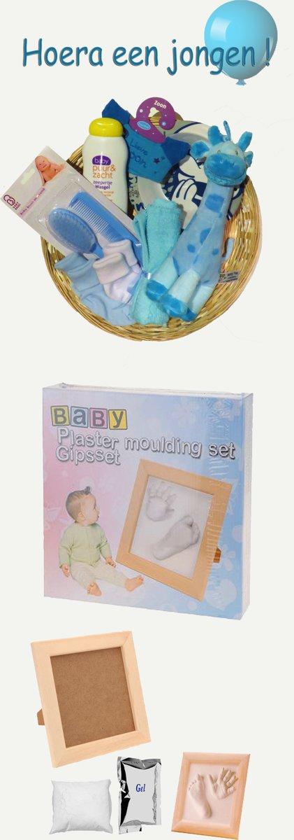 Kraammand geboorte zoon Hoera een jongen +  gipsset baby.