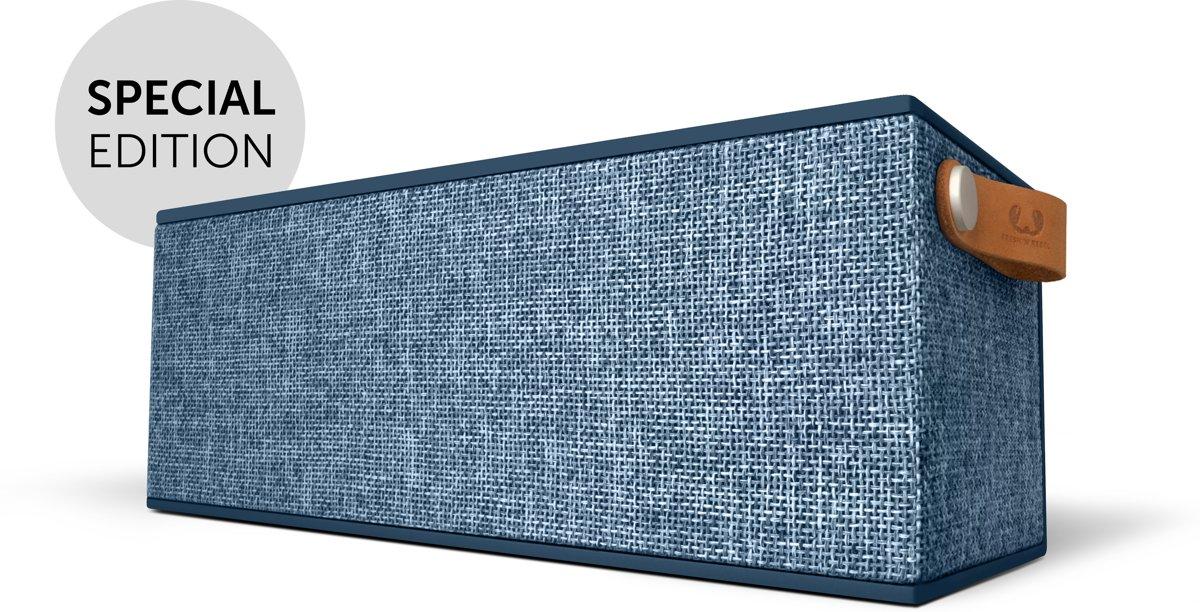 Fresh 'n Rebel Rockbox Brick XL Fabriq - Bluetooth speaker - Indigo ESP kopen