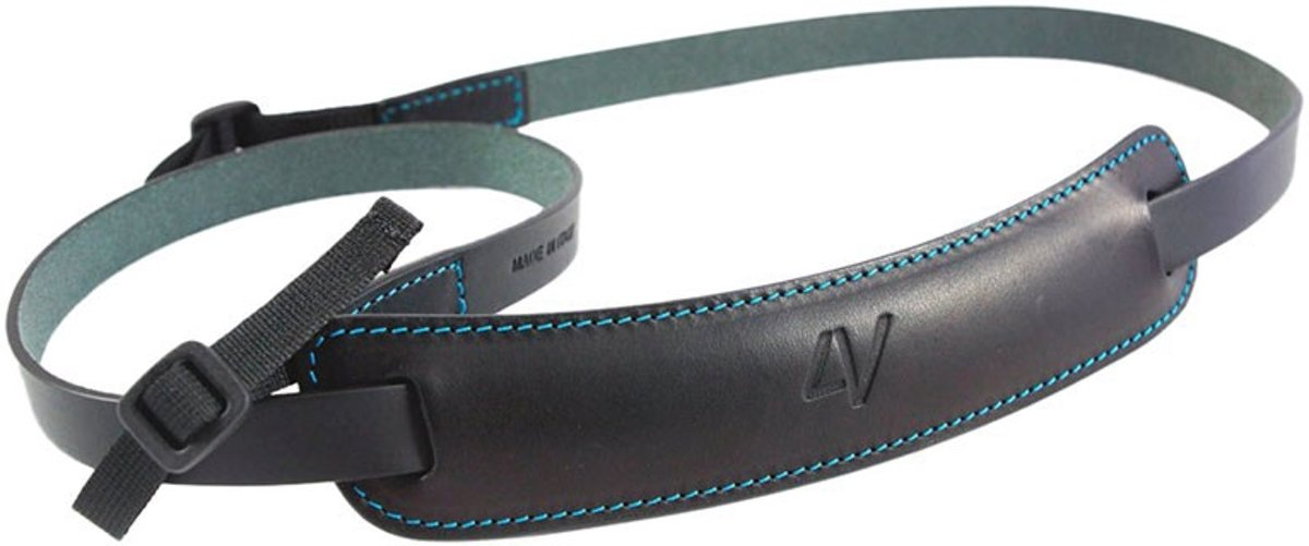 4V Design Classic Medium Neck Strap Tuscany Leather Black/Cyan kopen