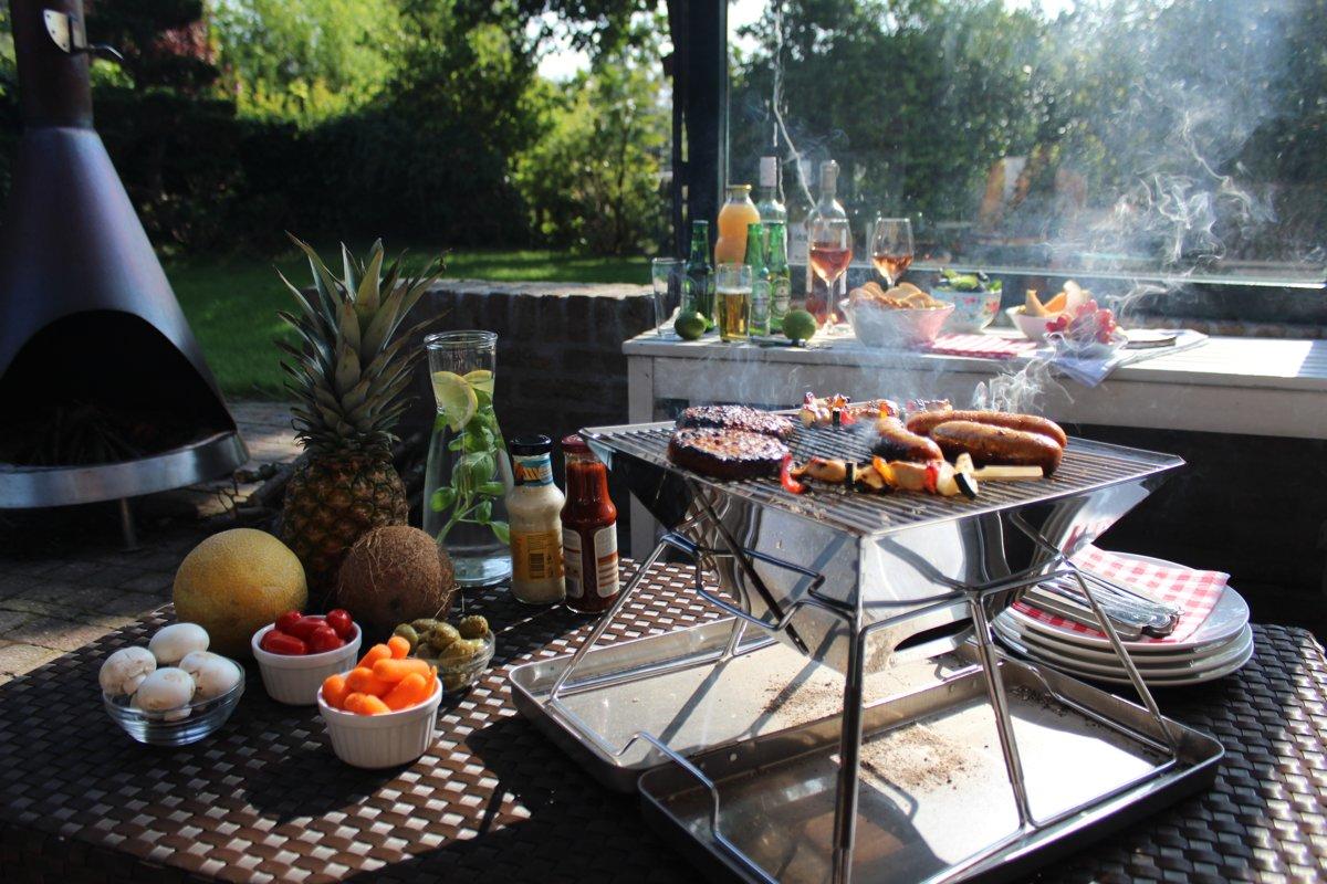 United Entertainment Opvouwbare Houtskoolbarbecue - RVS - Met Koffer en Draagtas