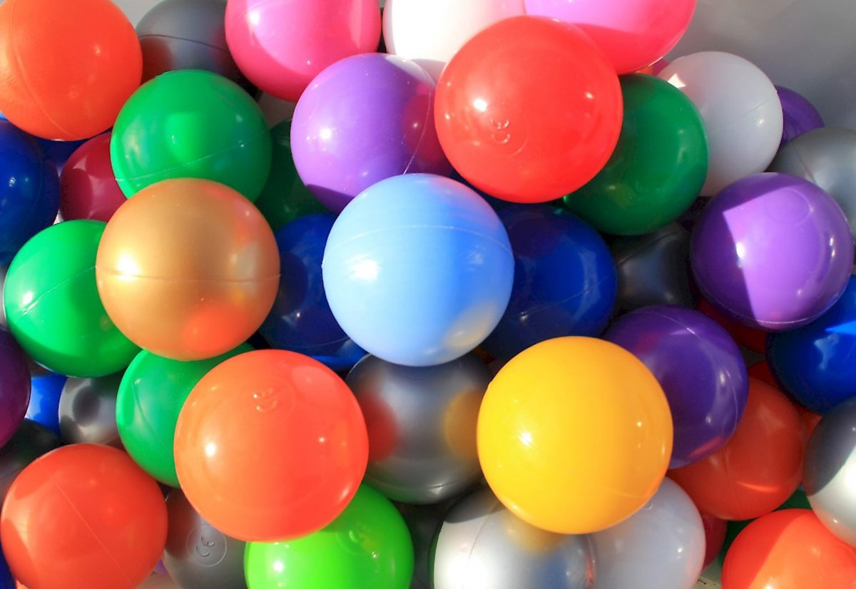 Ballenbakballen 60mm in 10 kleuren - 100 stuks