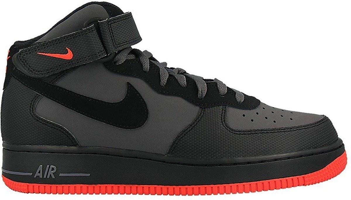 Gris Chaussures Nike Air Force Dans 40,5 Pour Les Hommes