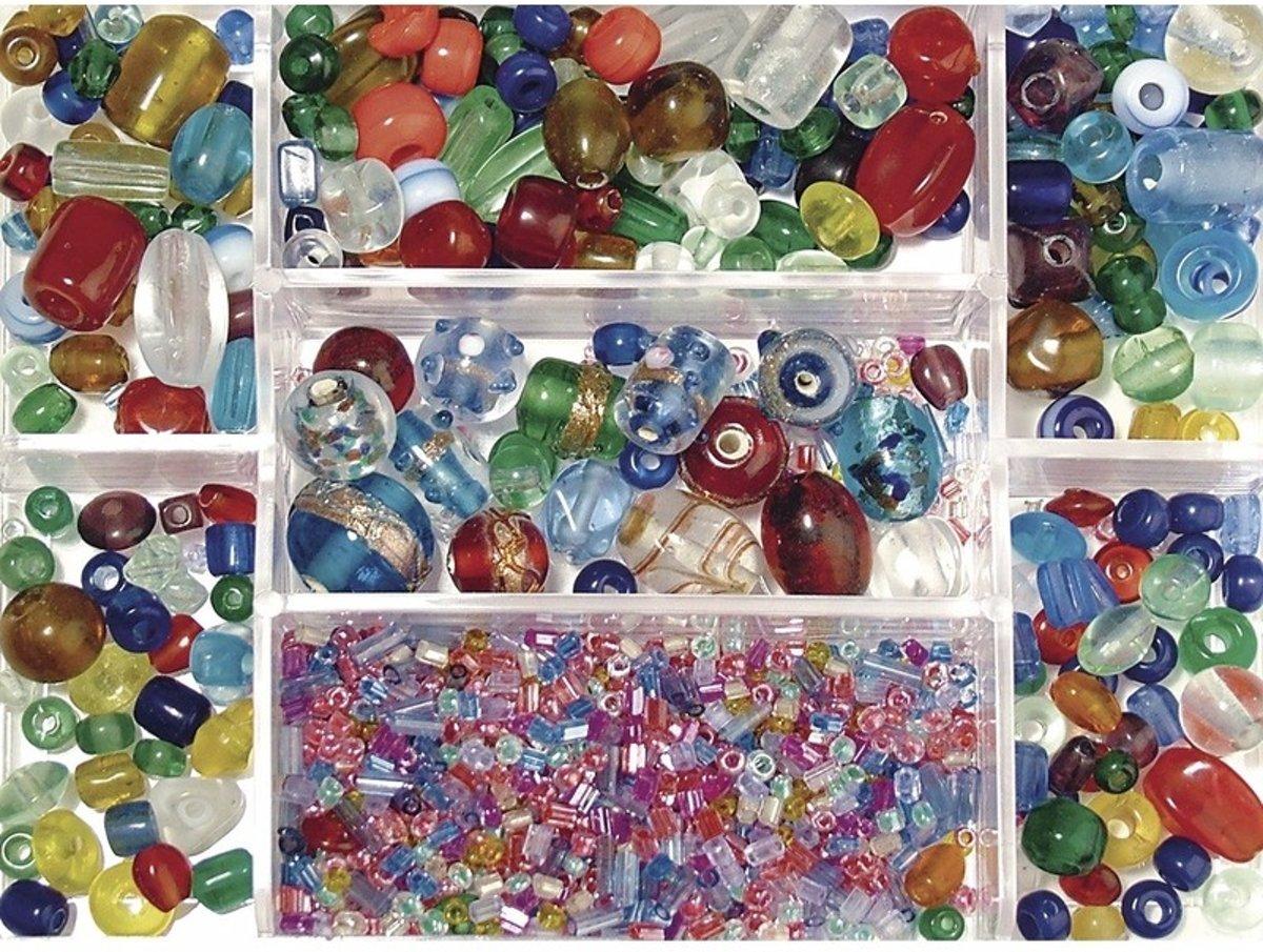 Opbergdoos gekleurde glaskralen 115 gram - kralen kopen