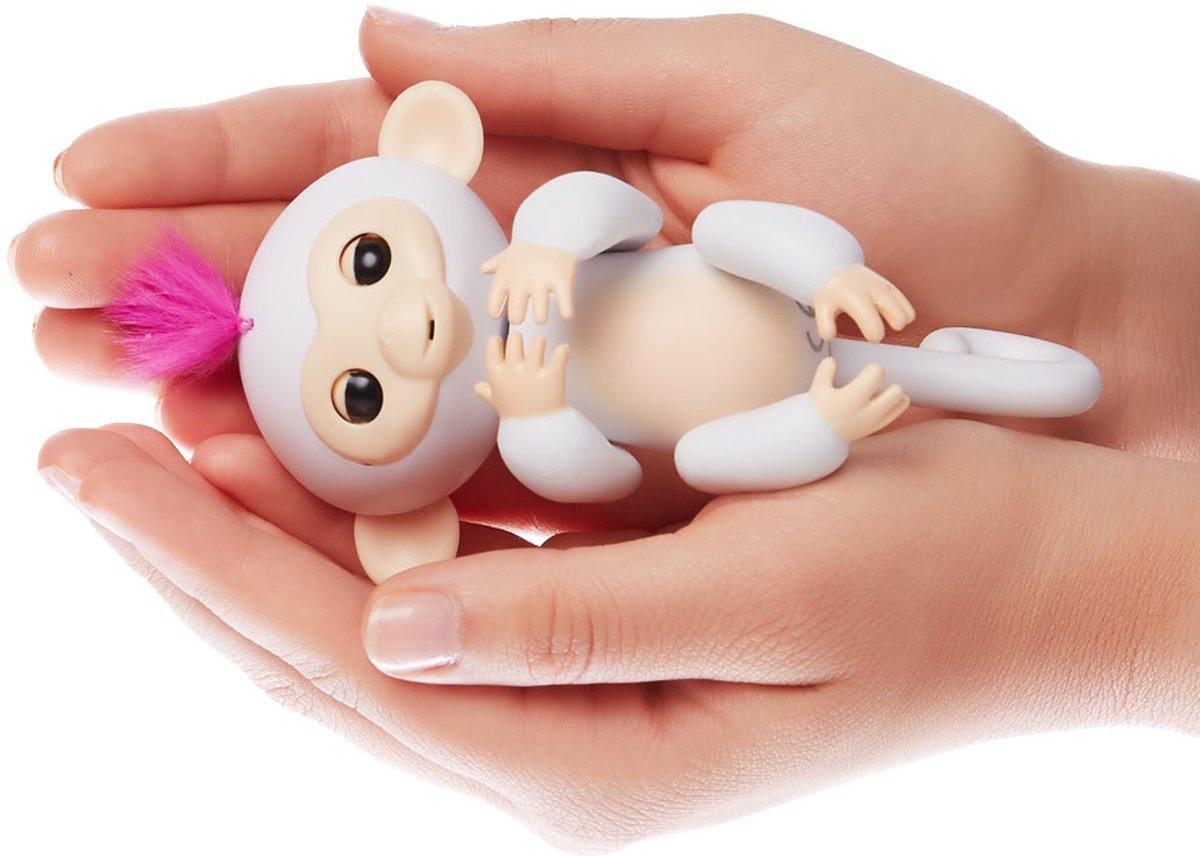 Wowwee Wit Robot Aapje Wowwee Wit Robot Aapje Fingerlings Fingerlings LqGUSzMVp
