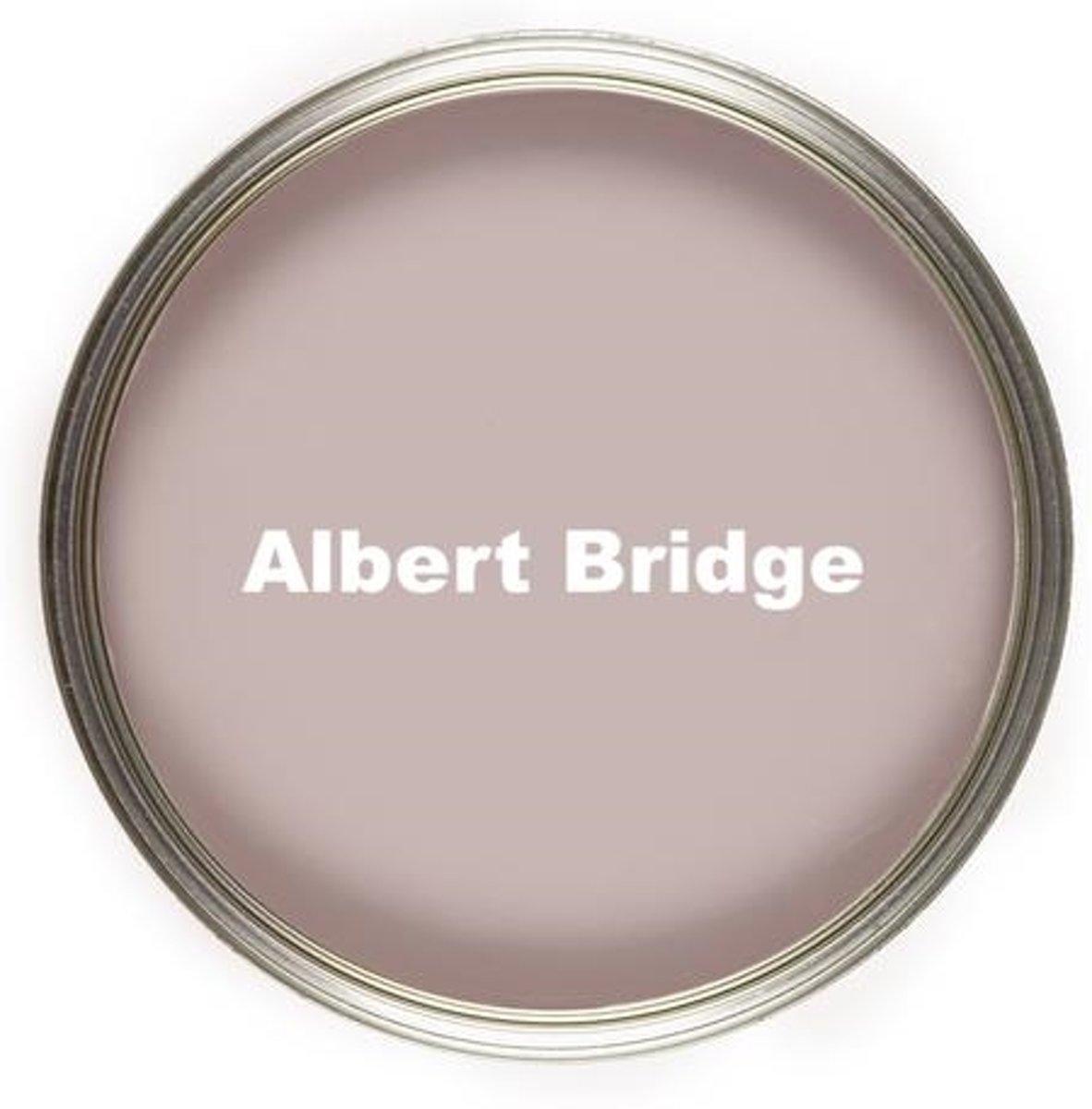 No Seal Kalkverf Albert Bridge