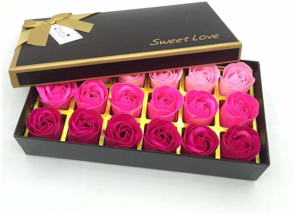 18 Rozen Zeepjes Rood- Origineel Cadeau voor haar, perfect cadeau voor valentijnsdag, verjaardagen kopen