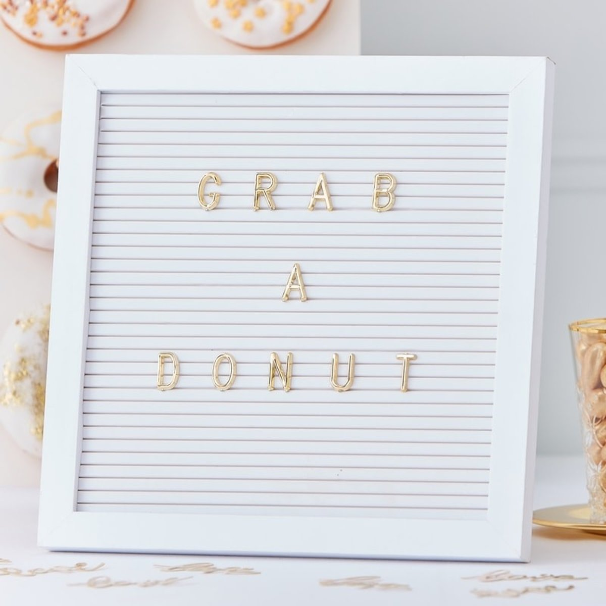 WIT LETTERBORD PEGBORD | WIT MET GOUDEN LETTERS | GOLD WEDDING | GINGER RAY kopen