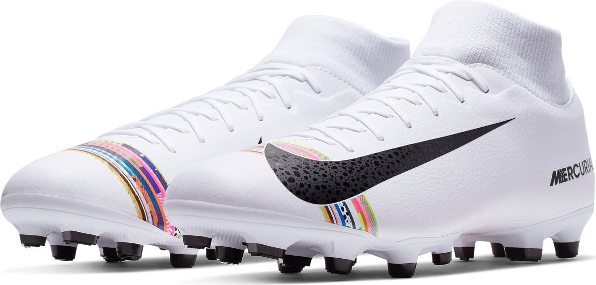 | Nike Superfly 6 Academy Cr7 FgMg Voetbalschoenen