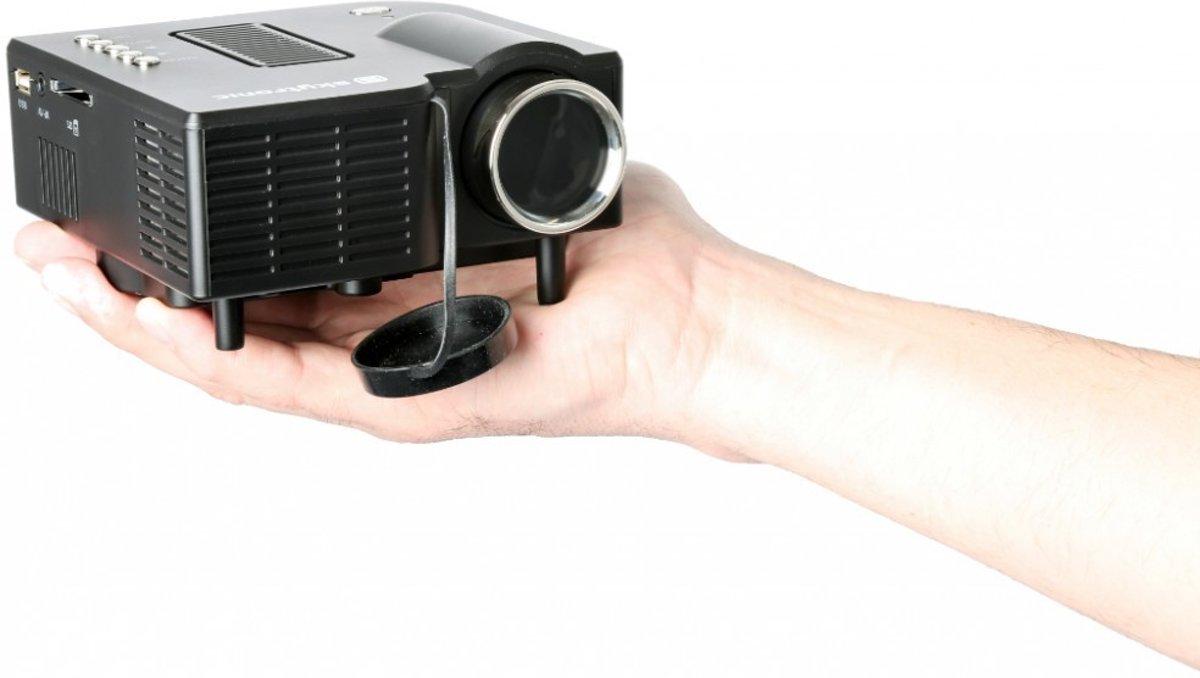 Beamer - LED beamer van SkyTronic met HDMI, USB en VGA aansluiting kopen