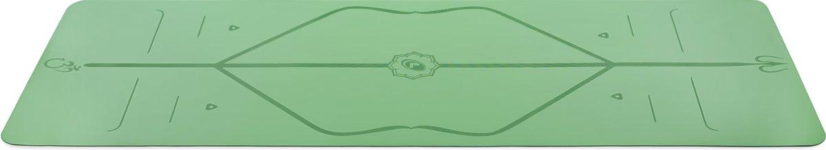 Liforme Travel Mat groen Incl. Yogatas - (2MM - 1,6 KG) kopen