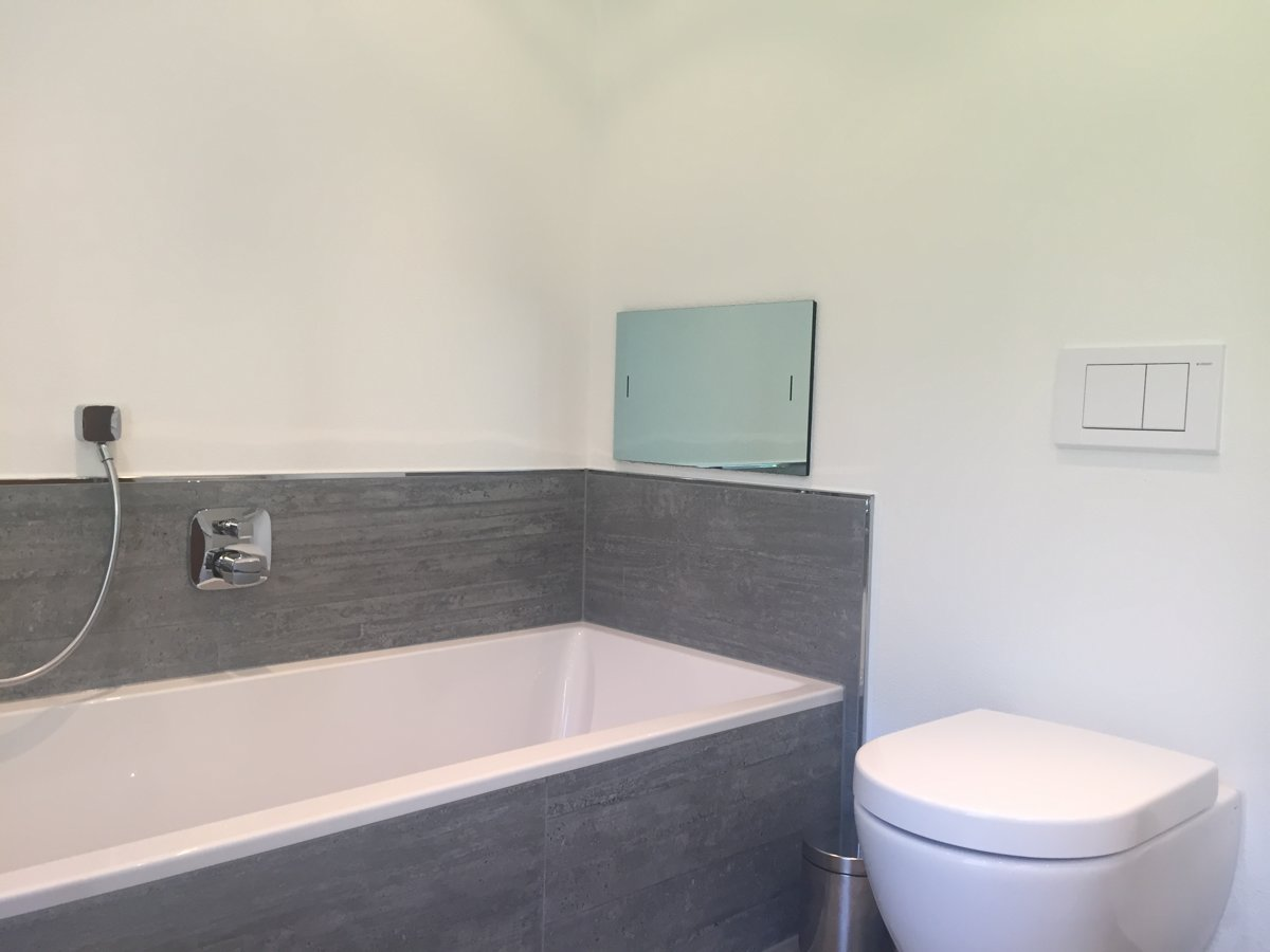 Badkamer Televisie Draadloos : Inbouw televisies waterdichte inbouw tv s voor badkamer en tuin