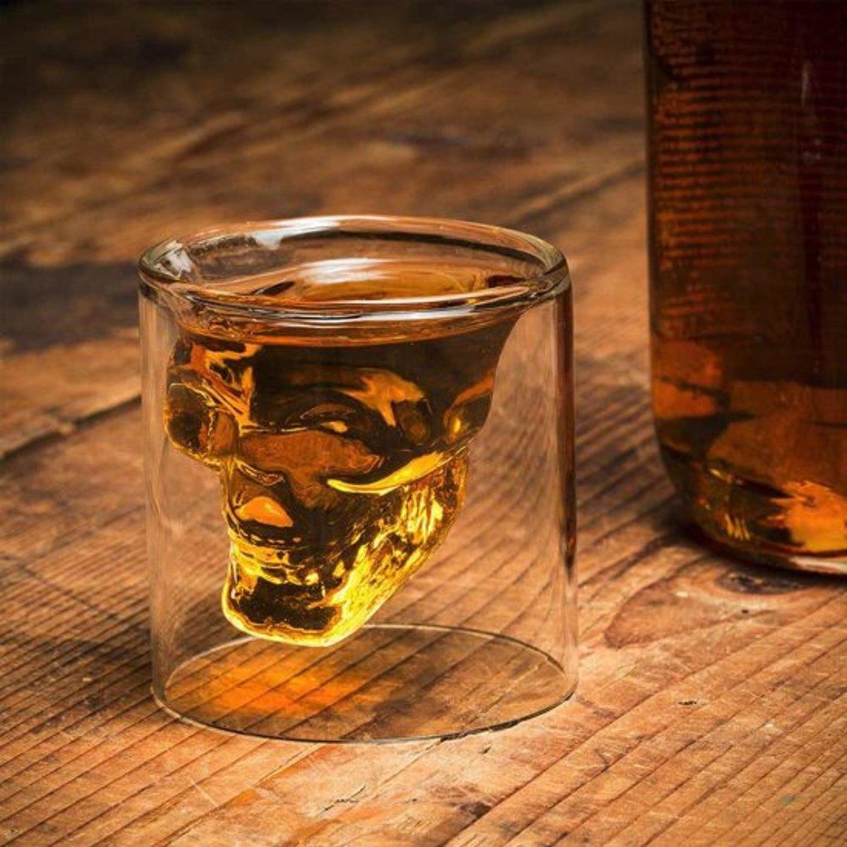 MikaMax - Skull Whiskey Glass kopen