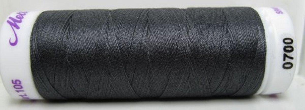 AMANN Mettler Silk Finish Kleur Houtskool 0700 5 ROLLETJES a 150m.