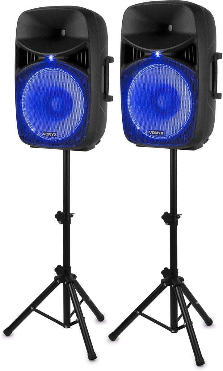 Vonyx VPS152A complete geluidsinstallatie actief / passief 1000W met o.a. Bluetooth, LED's, standaards en microfoon kopen