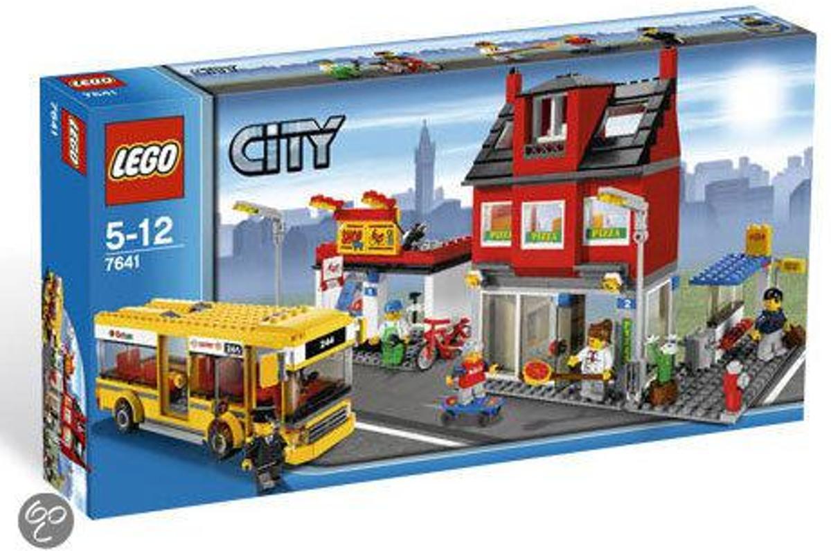 LEGO City De Straathoek - 7641