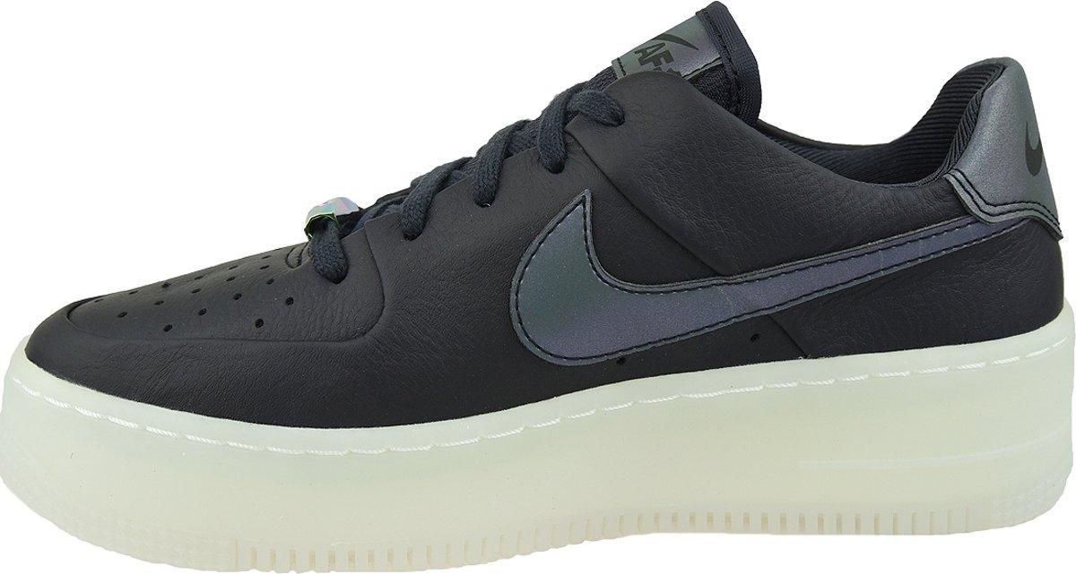 Nike W AF1 Sage Low LX AR5409 004, Vrouwen, Zwart, Sneakers maat: 40 EU